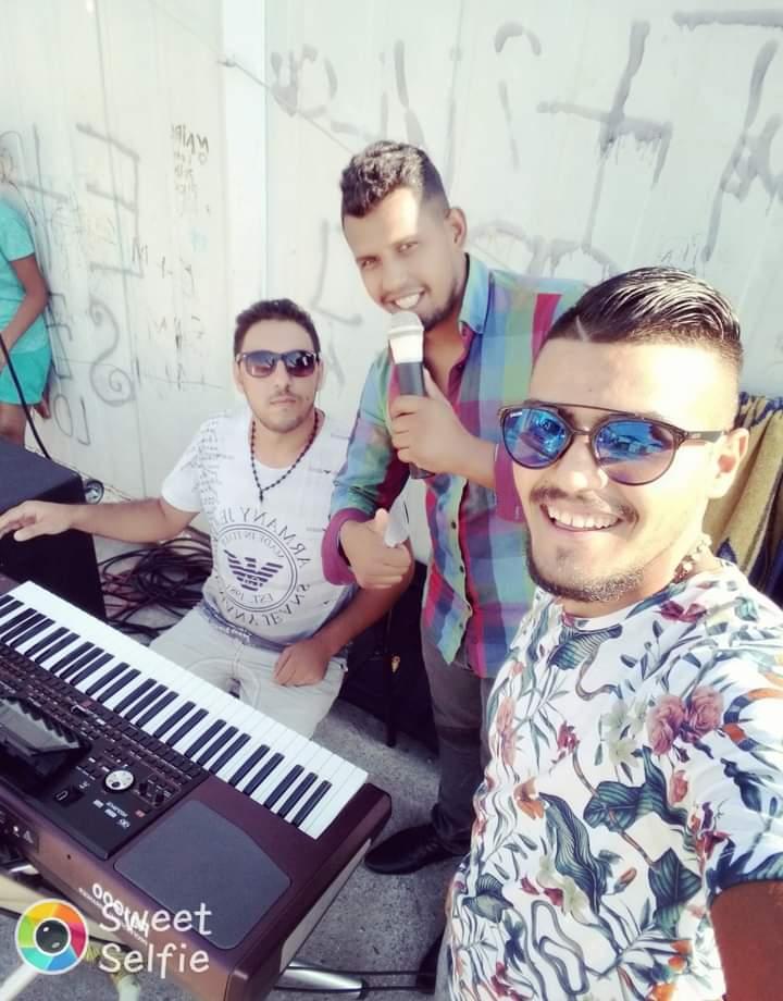Besim Osmani ( u sredini) ( foto: privatna arhiva)